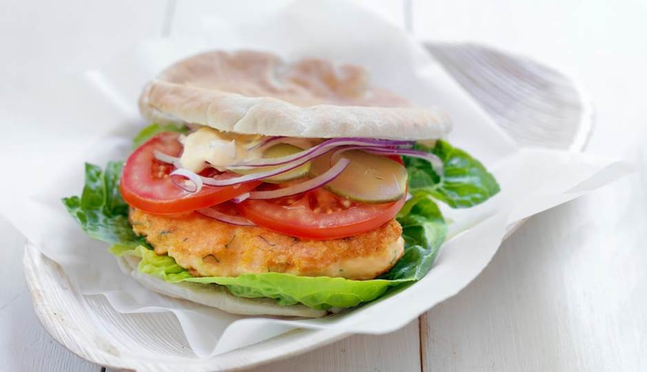 full_file_1365595913salmon burger.jpg