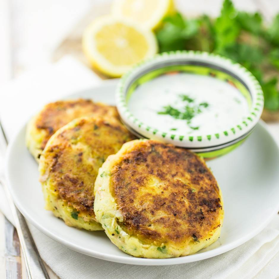 salmon-fish-cakes-_MG_9555.jpg