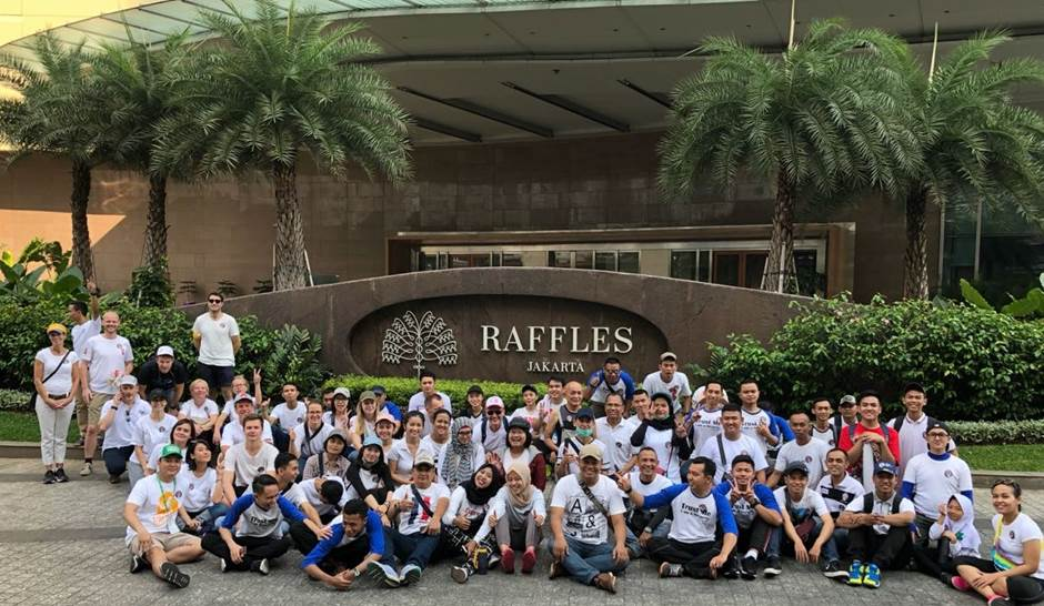 Ambassador Kaale and the team joined one of the many groups of volunteers around Jakarta on World Cleanup Day.  - Photo:Royal Norwegian Embassy Jakarta