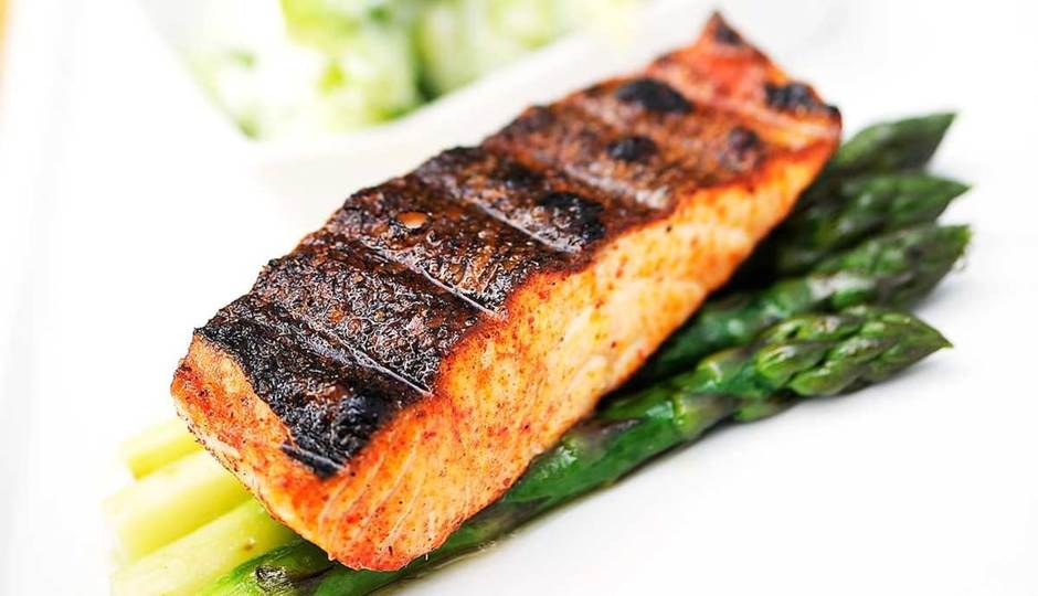 full_norwegian-salmon-tandoori-with-grilled-asparagus.jpg