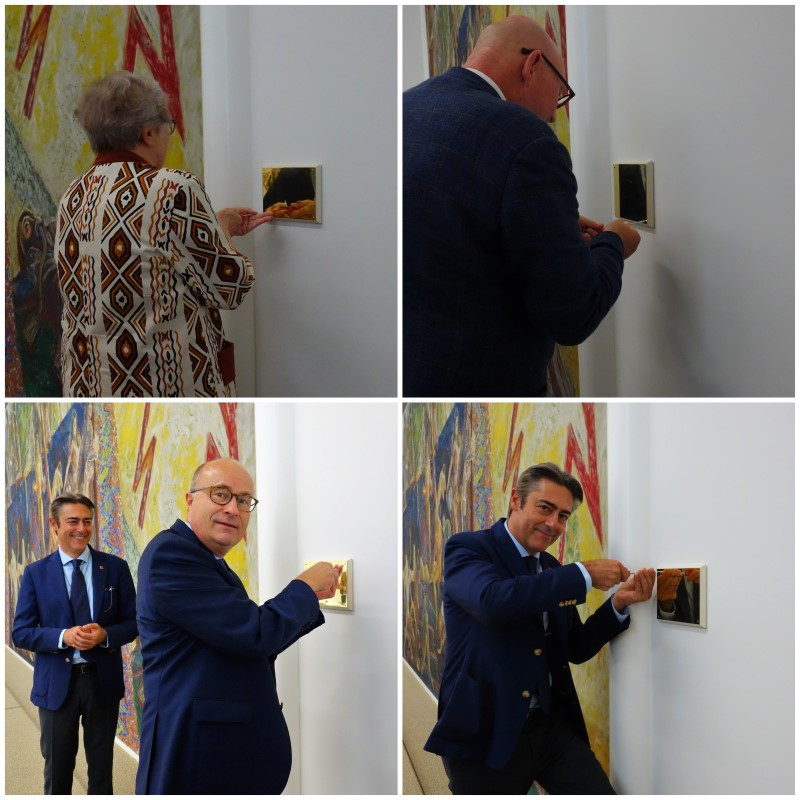 'The Dream of Peace' was finally accompanied by a plaque. Top left: Torild Skard, family friend of Sørensen. Top right: Svein Olav Hoff, renowned art historian. Bottom left: Hans Brattskar, Ambassador. Bottom right: Fransesco Pisano, Director of the UN Library. Photos: Permanent Mission of Norway / Anette B. Wig