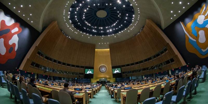 GA Hall - Photo:UN Photo/Cia Pak