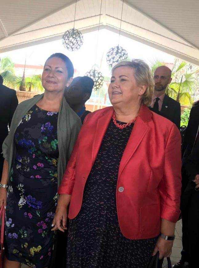 Prime Minister Solberg and Norwegian Ambassador to Cuba and the Caribbean, Ingrid Mollestad.